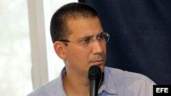 Piden opositores cubanos desde Praga fin de la represión