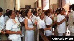 Dama de Blanco relata experiencias vividas en cárcel Mar verde