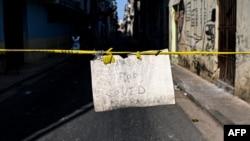 Una calle de La Habana cerrada por COVID-19. (YAMIL LAGE / AFP)