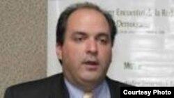 El director de programas de América Latina de Freedom House, Carlos Ponce. Archivo.