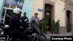 Fuertes medidas de seguridad rodearon el juicio a los asesinos del rockero Mandy en Camagüey (H.Constantín)