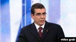 El jefe de la Sección de Intereses de Cuba en Washington, José Ramón Cabañas Rodríguez, en una reciente entrevista con el canal CCTV de la televisión China.