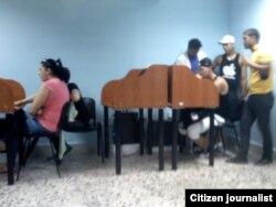 Reporta Cuba. ETECSA en Bayamo. Foto: Julia Rosa Piña.