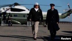 El presidente Donald Trump viaja el jueves 10 de enero de 2019 a McAllen, Texas.