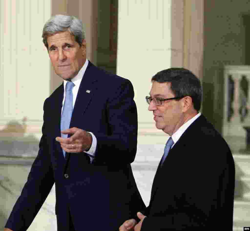 John Kerry y Bruno Rodríguez, en La Habana.