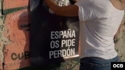 Perdón Español en las calles de La Habana, obra del artista Abel Azcona