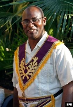 Diputado gran maestro de la Gran Logia de Cuba, Ernesto Zamora