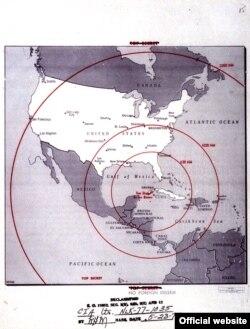 Mapa desclasificado de la CIA muestra rango de alcance de los misiles. (John F. Kennedy Presidencial Library and Museum)
