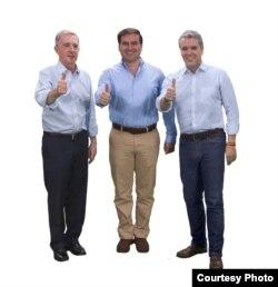 (i-e) El expresidente de Colombia, Álvaro Uribe Vélez; el candidato al Senado de Colombia por Tolima, Emmanuel Arango; y el candidato presidencial Iván Duque, miembros del Partido Centro Democrático.