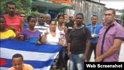 Reporta Cuba. Yoanny Beltrán (2-d).