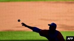 """La cirugía """"Tommy John"""" para los lanzadores de Grandes Ligas"""