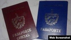 Pasaportes cubanos. (Archivo)