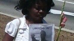 Detenida Dama de Blanco que realizaba protesta pública