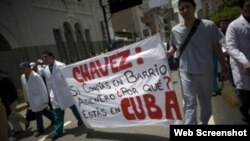 Médicos venezolanos protestan contra Chávez