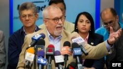 El secretario ejecutivo de la opositora Mesa de la Unidad Democrática (MUD), Ramón Guillermo Aveledo.