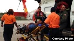 Cubanos rescatados en Cayo Lobo