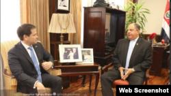 El senador Marco Rubio se reúne con el presidente de Costa Rica, Luis Guillermo Solís.