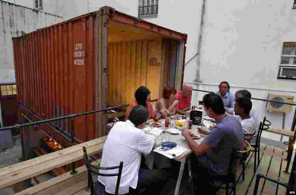 Más del 50% de los nuevos negocios abiertos en Cuba cuentan con participación de capital de familiares o amigos residentes en Estados Unidos, en especial los paladares.