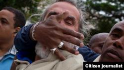 Reporta Cuba Agustin López mientras era detenido en 23 y L Diciembre 10