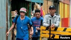 Un recluso abandona la cárcel La Modelo en Nicaragua. REUTERS/Oswaldo Rivas