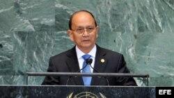 El presidente de Myanmar, Thein Sein, pronuncia un discurso durante la 67 sesión de la Asamblea General de la ONU en Nueva York, EEUU, el 27 de septiembre de 2012.