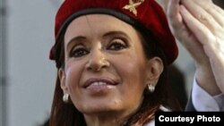 Cristina Kirchner: el pensamiento bajo la boina roja.