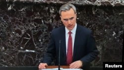 """""""Los argumentos contra el Presidente no son solo falsos: son ridículos"""", dijo el abogado del Presidente, Pat Cipollone (Foto: Reuters)."""
