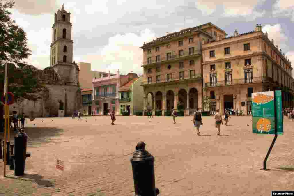 Plaza de San Francisco de Asís, en la Habana Vieja.