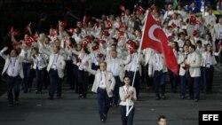 Archivo - La delegación de Turquía a los Juegos Olímpicos Londres 2012 en el Estadio Olímpico en Londres, Reino Unido.