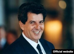 Oswaldo Payá, entrega del premio Sajarov 2002 del Parlamento Europeo.