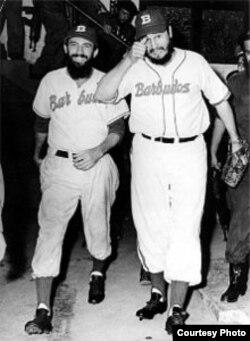 El hábito no hace al monje: Fidel Castro nunca fue pelotero, dice el historiador del béisbol Roberto González Echevarría