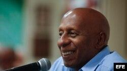 El disidente cubano Guillermo Fariñas participa en el Congreso de la FNCA