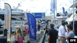 La Feria Internacional de Yates en Miami Beach es parte del International Boat Show de Miami (EFE).