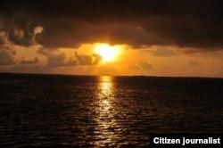 Puesta de Sol /desde la ciudad de Caibarién /Niurys Acosta