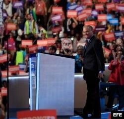 El nominado a fórmula vicepresidencial demócrata, Tim Kaine.