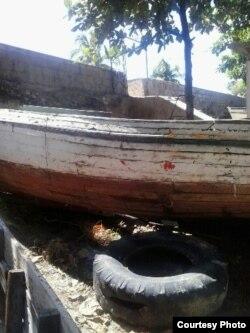 Embarcaciones en precario estado / Manzanillo / Foto Juan E Salgado