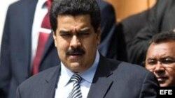 Dice Nicolás Maduro que Chávez se recupera