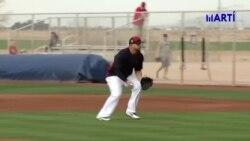 El pelotero cubano Yonder Alonso se retira del beisbol de las grandes ligas