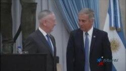 Argentina da bienvenida a Mattis tras años de alejamiento con EEUU