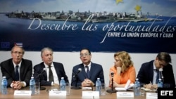 Delegación de eurodiputados socialistas durante una conferencia de prensa en el cierre de su visita oficial a La Habana. EFE