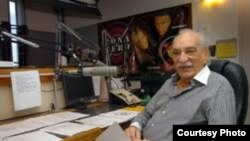 GUillermo Alvarez Guedes se dedicó a la radio en sus últimos años