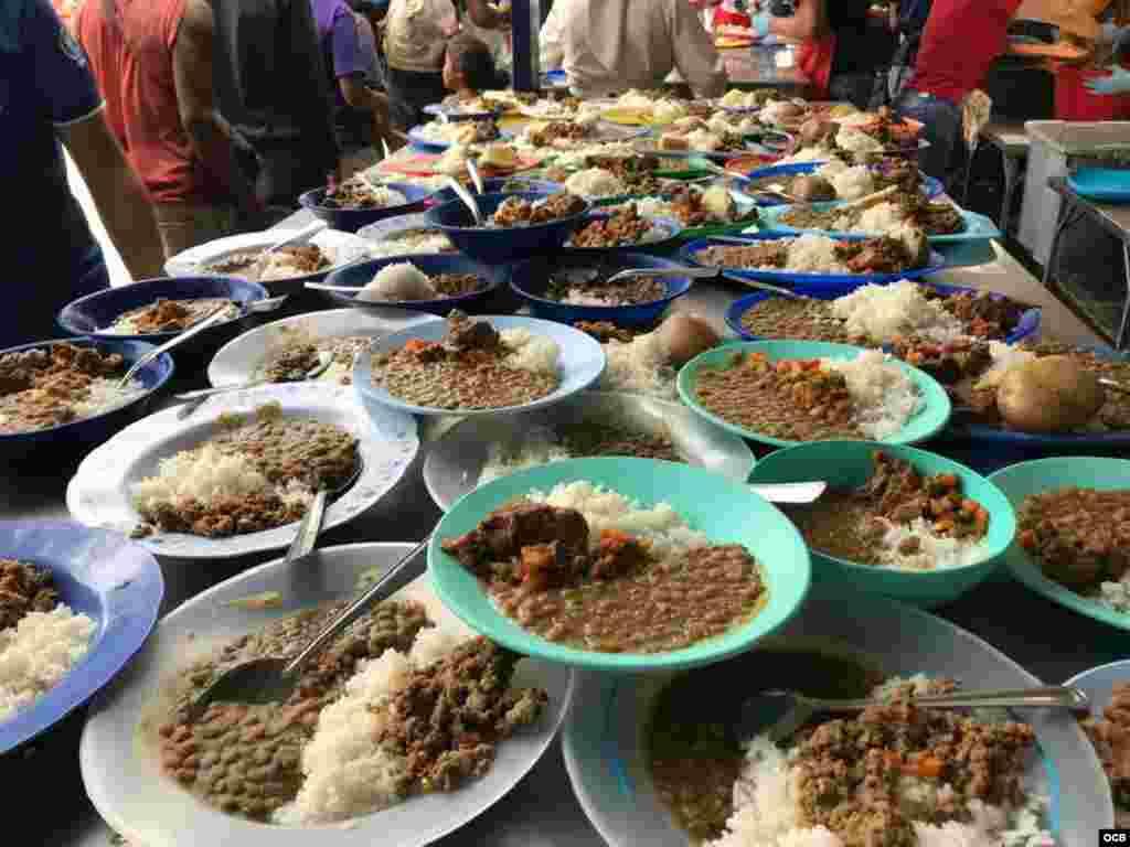 """Casa de Paso """"Divina Providencia"""", donde se distribuyen más de 4 mil comidas a los venezolanos en Cúcuta gracias a la ayuda humanitaria."""