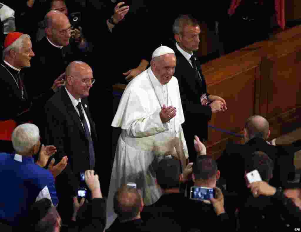 El papa Francisco durante la canonización del franciscano español Junípero Serra. EFE