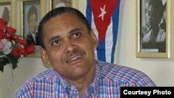 Premio Nacional de Literatura Independiente para el escritor Jorge Olivera Castillo