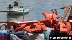 Balseros interceptados en las aguas del sur de Florida.