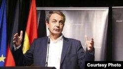 El expresidente del Gobierno José Luis Rodríguez Zapatero durante su intervención en el Institute for Cultural Diplomacy en Madrid. Foto: ICD.