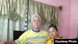 Cubanos en la Campaña Pa' la Calle. (Foto tomada de Facebook)