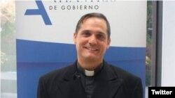 El padre Castor José Álvarez Devesa.