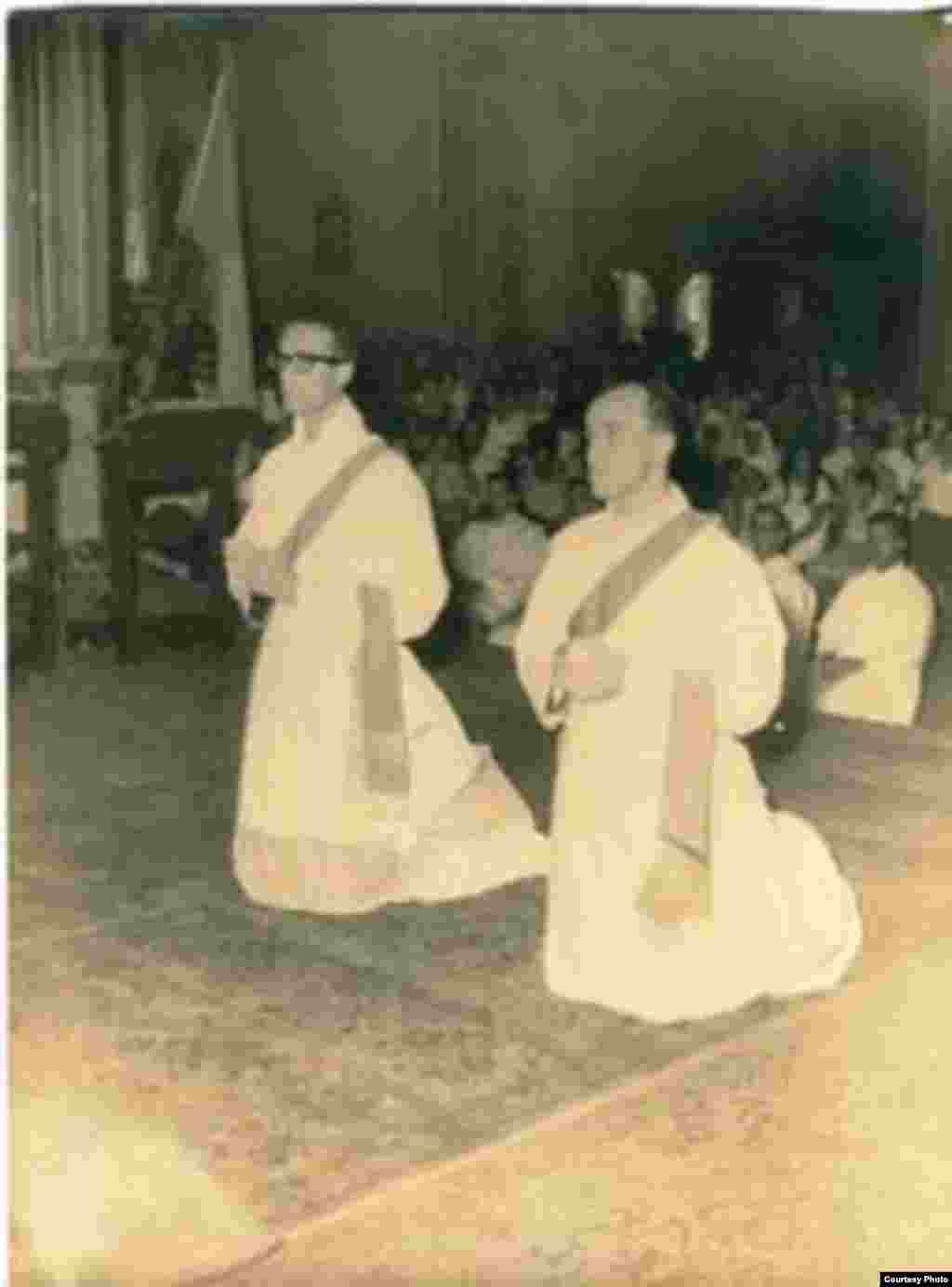Ordenación sacerdotal de Jaime Ortega