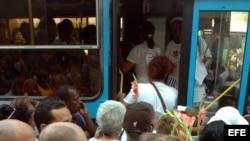 Prohíben venta de pasajes de ómnibus a Damas de blanco